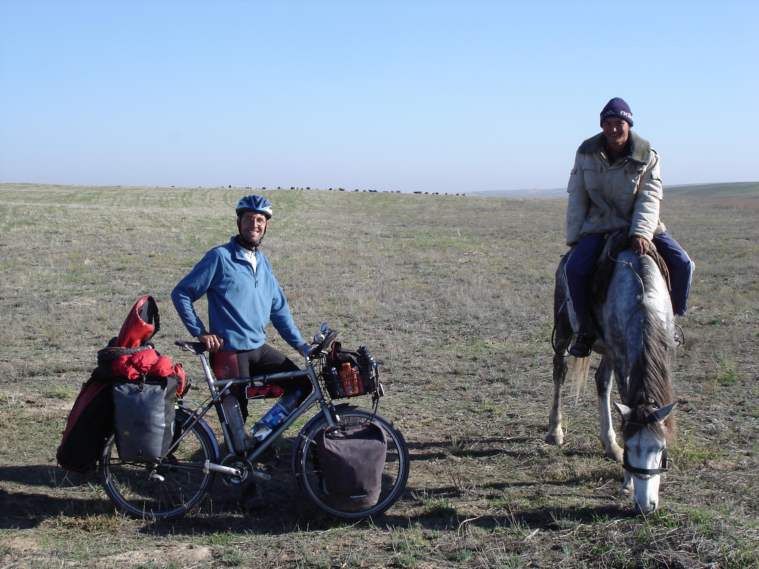 Sem Zimmermann in der Kasachischen-Steppe