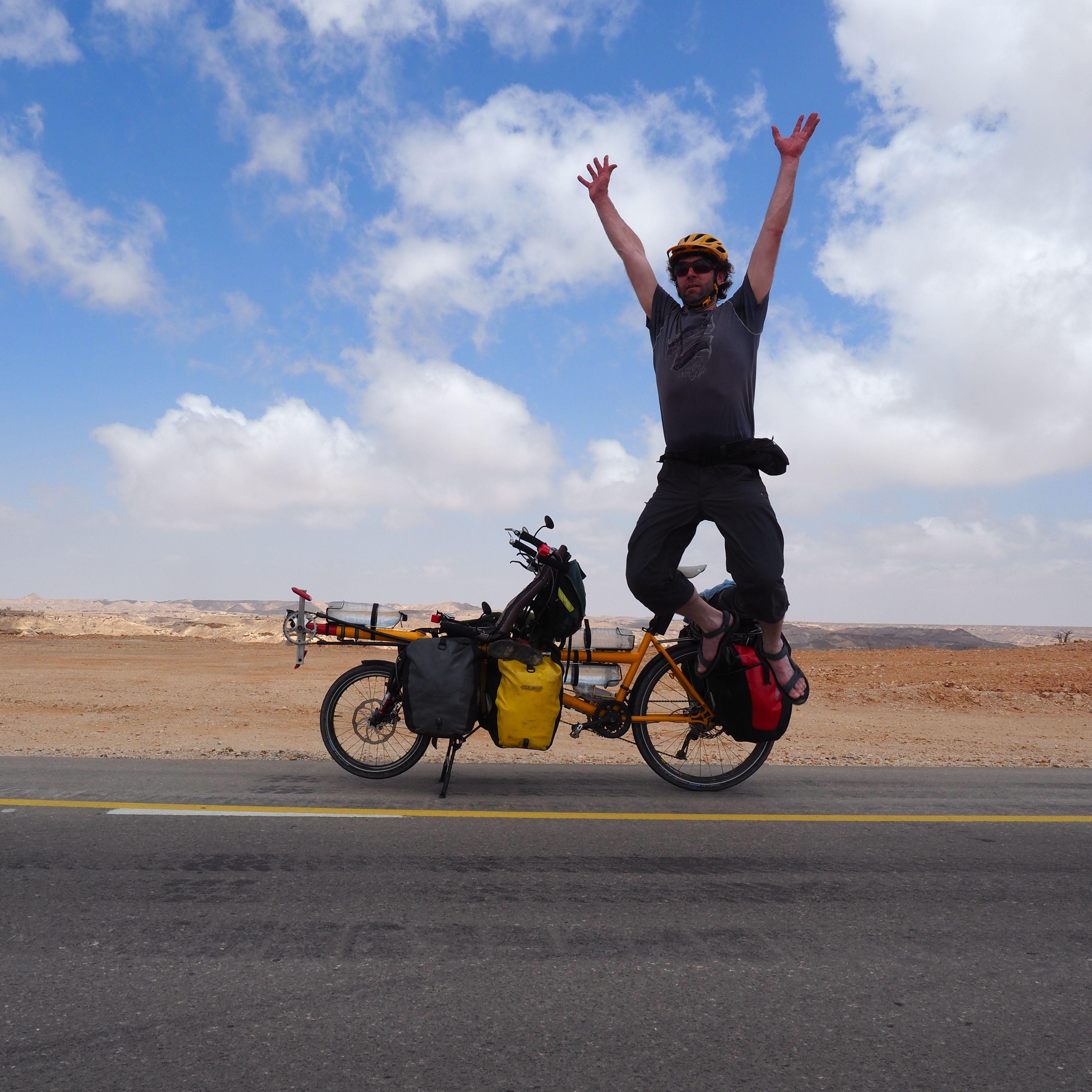 Sem Zimmermann mit Pino im Oman